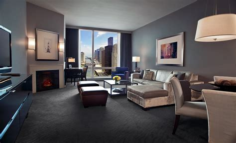 in suite luxury hotels in downtown chicago hotel chicago