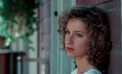 actress jennifer in dirty dancing jennifer grey passes on part in abc s dirty dancing tv
