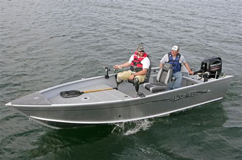 Lund Small Fishing Boats by 2016 New Lund 1750 Outfitter Freshwater Fishing Boat For