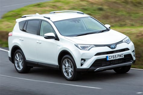 Review Toyota by Toyota Rav4 Review Auto Express