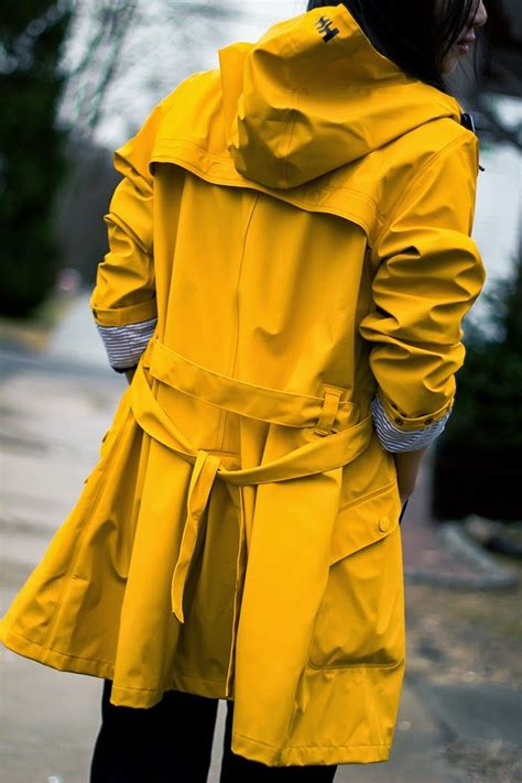 25+ best ideas about Yellow Raincoat on Pinterest | Yellow ...