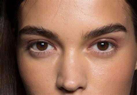 spring  hair  makeup trends   york fashion week