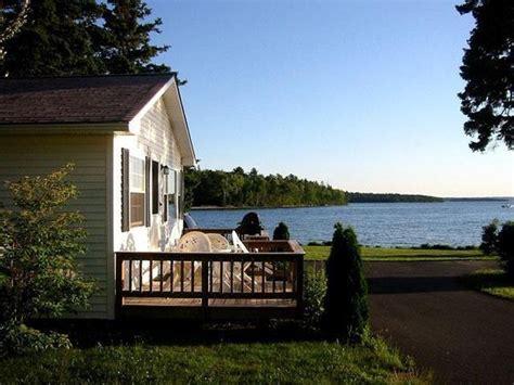 bar harbor cottage rentals cottage rentals bar harbor maine lakeside cabin rentals