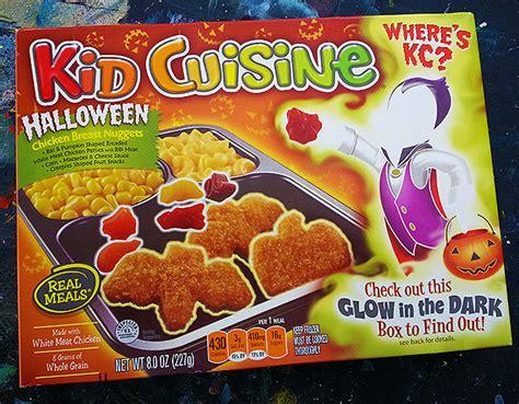 Halloween Kid Cuisine Is Back!  Dinosaur Dracula