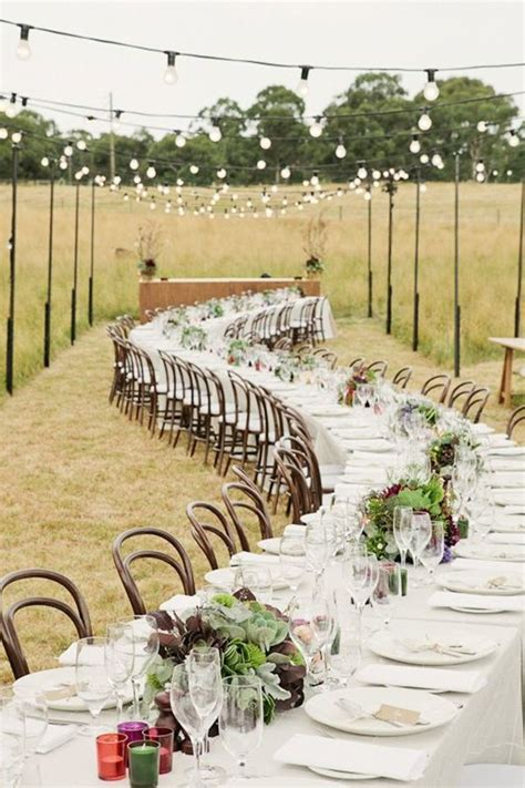 beautiful outdoor wedding venue decor 6 WeddingElation