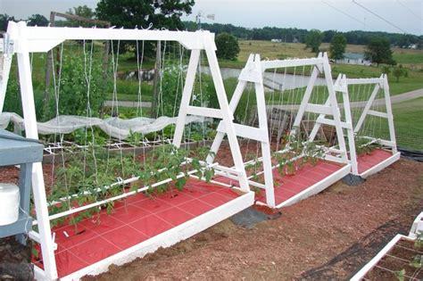 great idea  recycling  swing sets  gardenin