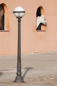Lampadaire Art Deco : lampadaire art d co en fer forg fabriqu par les forges robers en allemagne r f 15110424 ~ Teatrodelosmanantiales.com Idées de Décoration