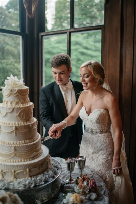 ashlyn toms memphis wedding  annesdale mansion mid