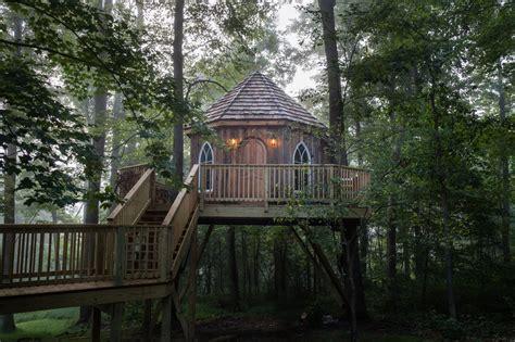 hotels resorts wonderful resort  mohican treehouse