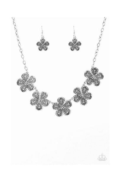 Paparazzi Necklace Jewelry Daisy Common Flower Earring