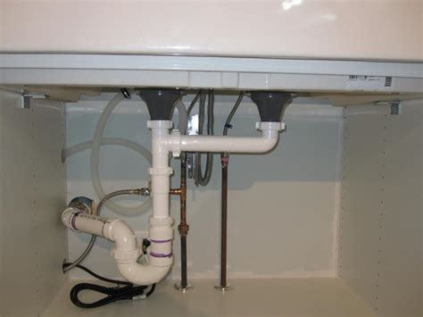 how to install kitchen sink plumbing how to plumb dual bathroom sinks useful reviews of