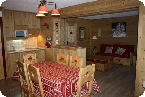 amenagement cuisine studio montagne cuisine deco cuisine montagne 1000 idées sur la