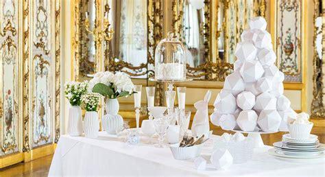decoration de chaise pour noel une décoration de noël en blanc prima fr