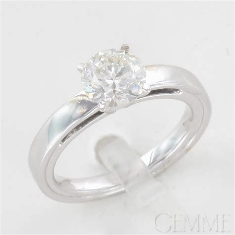 bague moderne or blanc bague solitaire or blanc diamant taille moderne