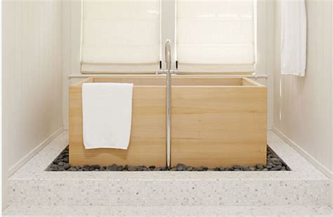 cedar hot tub japanese soaking tubs  standing