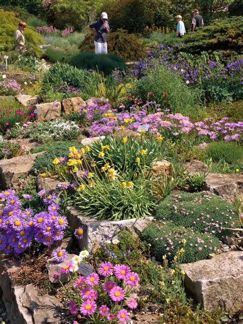 steingarten themengaerten gartenelemente berggarten