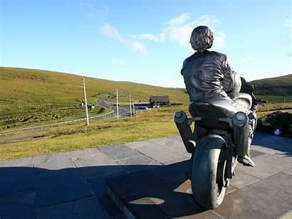 Isle Dunlop Joey Statue Tt Formula Memorial