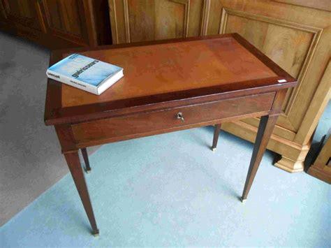 bureau ancien dessus cuir petit bureau dessus cuir petit bureau dessus cuir