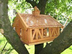 Vogelfutterhaus Selber Machen : die besten 25 vogelfutterhaus selber bauen ideen auf pinterest selbst bauen vogelhaus ~ Orissabook.com Haus und Dekorationen