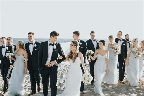 relaxed beach wedding in malibu photographed by jenny