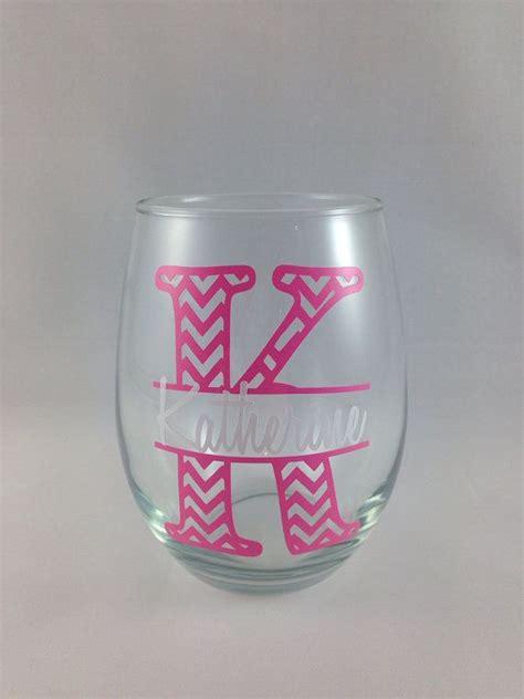 pin  bellacutterycom  bellacuttery diy glasses painted wine glasses diy monogram