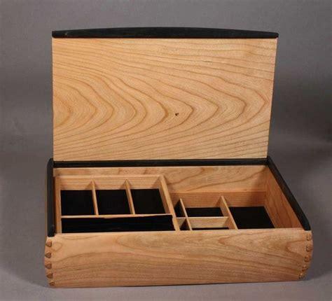 dovetail boxes images  pinterest wood crates