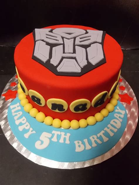 transformers themed cake hey cupcake