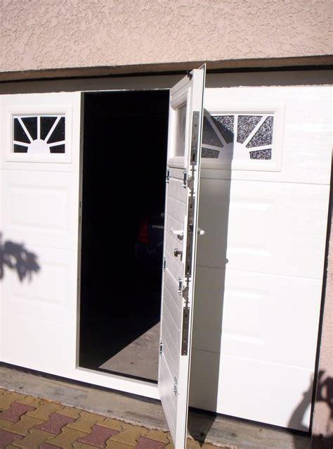 porte de garage en aluminium avec portillon int 233 gr 233 sma