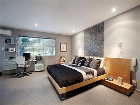 Modern Bedroom Design Idea With Carpet & Builtin Shelving