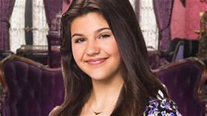 Taylor Hathaway from The Haunted Hathaways | Nick.com