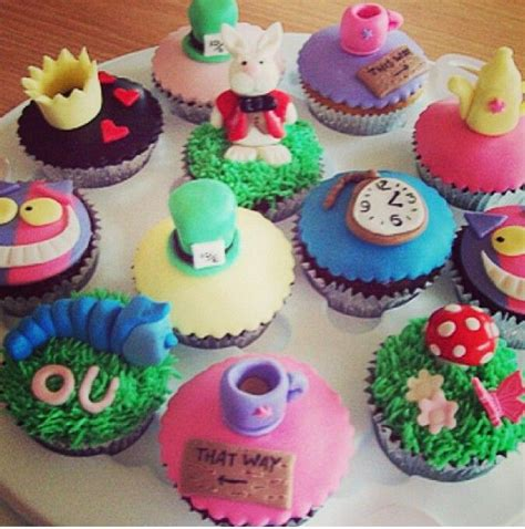 Maybe you would like to learn more about one of these? Alice in Wonderland cupcakes!   Alice in wonderland ...