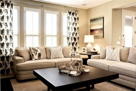 living rooms in neutral colors love the coffee table