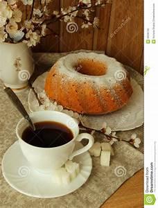 Kaffee Und Kuchen Bilder Kostenlos : stillleben mit kaffee und kuchen stockbild bild von fr hst ck backen 39335165 ~ Cokemachineaccidents.com Haus und Dekorationen