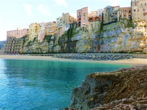 tourism bureau travel guide to tropea italy