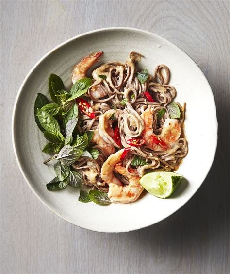 If you loved this thai shrimp salad recipe i would appreciate it so much if you would give it a star review! Spicy Thai Shrimp Soba Salad | Easy pasta salad recipe