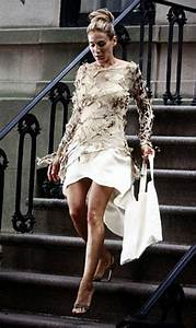 Carrie Bradshaw Wohnung : 375 best images about sex and the city on pinterest newspaper dress sex and the city and tvs ~ Markanthonyermac.com Haus und Dekorationen