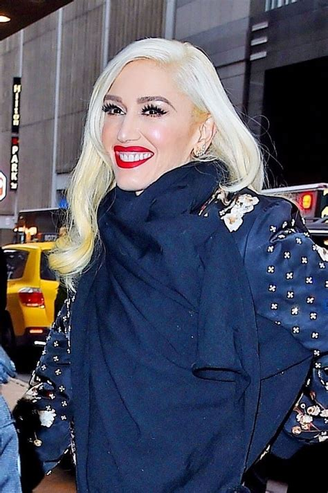 Gwen Stefani wears Tight Jeans & Long Boots at Today Show ...