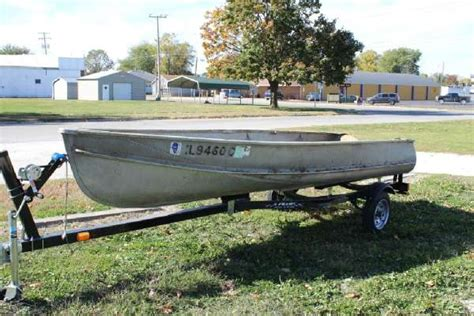 Crestliner Open Boat by Crestliner 14 Boats For Sale