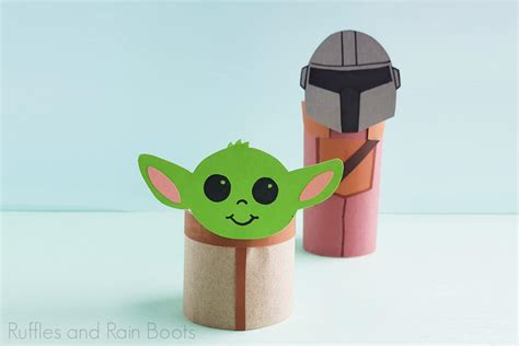Everyone LOVES This Baby Yoda Paper Craft Inspired by The ...