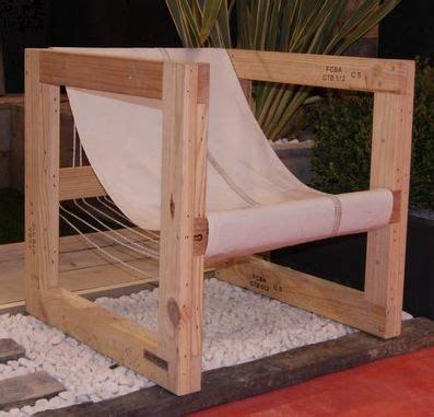 chaise longue en palette bois chaise détente en palette avec des palettes
