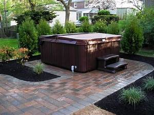 Hot Tub Landscaping Privacy : Backyard Hot Tub Landscaping