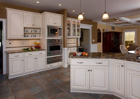 winter white cabinets   popular