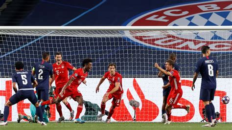 Paris Saint-Germain vs. Bayern Munich - Football Match ...