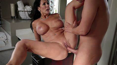 Stepmom Spread Her Legs To Welcome Dick