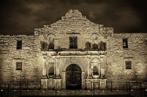 The Alamo Photograph By Shutter Fine Art