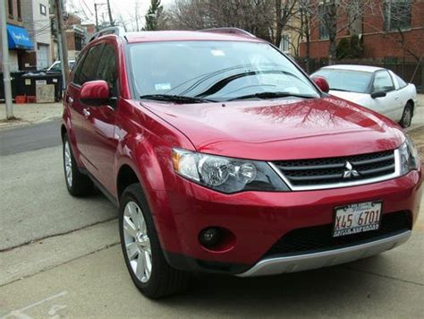 Mitsubishi 4 Door Cars by Sell Used 2008 Mitsubishi Outlander Xls Sport Utility 4