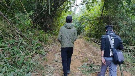 KungFu Hiking@RiverFall Woods..!! - YouTube