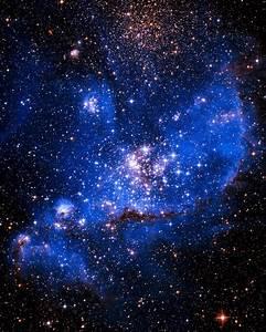 NGC 246 Nebula (NASA/ JPL - Caltech) von Hubble Telescope ...