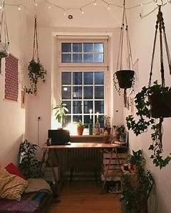 Grünpflanzen Im Schlafzimmer : kleines aber gem tliches wg zimmer mit vielen gr nen pflanzen plants wgzimmer wgleben ~ Watch28wear.com Haus und Dekorationen