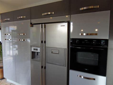 cuisine frigo americain cuisine avec frigo americain maison design bahbe com